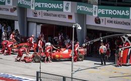 F1 ομάδα Ferrari στη διαδρομή 2015 Sepang Στοκ φωτογραφία με δικαίωμα ελεύθερης χρήσης
