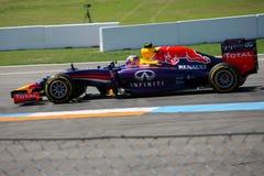 F1 фото - автомобиль Bull Формула-1 красный: Даниель Ricciardo Стоковое Фото