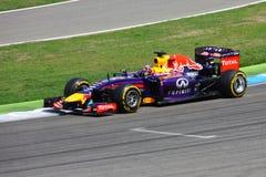 F1 фото - автомобиль Bull Формула-1 красный: Sebastian Vettel Стоковая Фотография