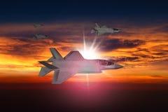 F-35在日落的喷气机 免版税图库摄影