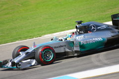 F1照片一级方程式赛车默西迪丝汽车:刘易斯・咸美顿 免版税图库摄影