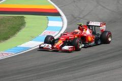 F1照片-一级方程式赛车法拉利汽车:吉躬・赖科宁 免版税库存图片