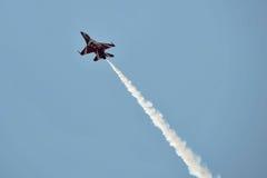 F-16航空器 免版税图库摄影