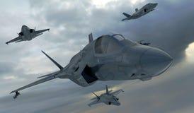 F 35,美国军用战斗机 喷气机 在云彩的飞行 皇族释放例证