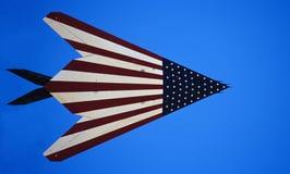 F-117A Heimlichkeit mit amerikanischer Flagge Stockfoto