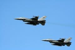 F-16军事s起飞 库存图片