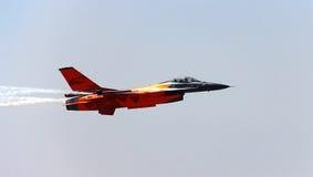 F-16 rápido del avión de combate Fotos de archivo libres de regalías