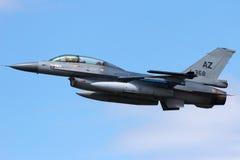 F-16离开 免版税库存图片