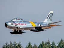 Free F-86 Sabre Low Altitude Flyby At International Hillsboro Airshow Royalty Free Stock Photography - 138400927