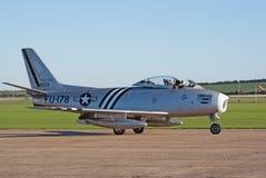 F-86A taxis van de sabel voor start Royalty-vrije Stock Fotografie
