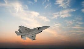 F 35, aereo di combattimento militare americano Jet Plane Mosca in nuvole Fotografia Stock Libera da Diritti