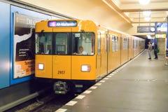 F-artiger Metrozug Berlins Lizenzfreies Stockfoto