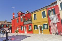 färgrik italy för byggnadsburano venezia Fotografering för Bildbyråer