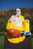 F-Buddha skulptur i vietnamesisk kloster arkivfoton