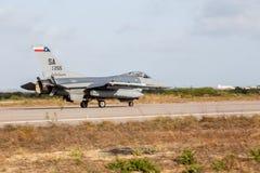 F-16C av U.S.A.F.et royaltyfri fotografi