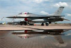 F-16C bloku 30J Walczący jastrząbek Obraz Royalty Free