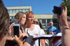 F1 chauffören Nico Rosberg är bland hans fans Fotografering för Bildbyråer