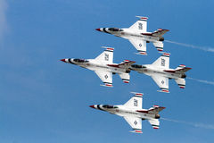F-16 der U.S.A.F.-Thunderbirds Stockbilder