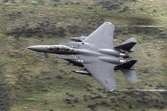 F15E χαμηλό επίπεδο αετών απεργίας Στοκ φωτογραφία με δικαίωμα ελεύθερης χρήσης