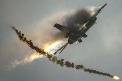 F-16 Fighting Falcon II royalty free stock photography