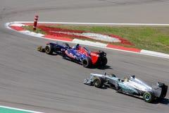 F1 fotografia: Formuła Jeden samochody wyścigowi – Akcyjne fotografie Obraz Royalty Free