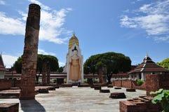förstört tempel Arkivbild