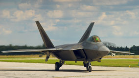 F-22 ptak drapieżny na ziemi zdjęcia stock