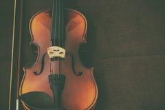 F?r radmusik f?r fiol klassiskt instrument royaltyfri fotografi