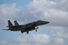 F-22 rapaz Jet Landing Imagenes de archivo