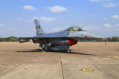F-16 show on children's Day at Korat Wing 1 Royal Thai Airforce Royalty Free Stock Photos