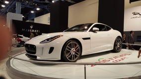 F-tipo blanco de Jaguar Imágenes de archivo libres de regalías