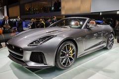 F-tipo 2017 de Jaguar coche del descapotable de SVR imagen de archivo libre de regalías