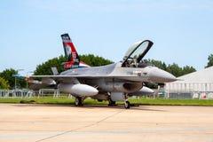 F16 vechtersjet royalty-vrije stock afbeelding