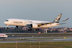F-WWYB Airbus A350-941 Foto de archivo libre de regalías