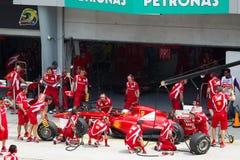 F1 doet de bestuurder Fernando Alonso een proefkuil Stock Afbeeldingen