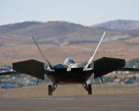 f22喷气式歼击机猛禽 免版税库存照片