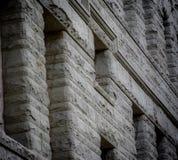 Façade arquitetónico em um ajuste da cidade fotografia de stock royalty free