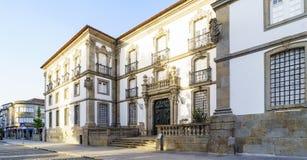 Façade der öffentlichen Bibliothek von Braga Portugal, gelegen in Stockbild