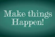 Faça coisas acontecer mensagem escrita em um quadro Foto de Stock Royalty Free