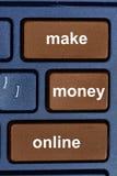 Faça a dinheiro palavras em linha no teclado de computador Imagens de Stock Royalty Free