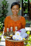 Terapeuta da massagem nos termas luxuosos Foto de Stock Royalty Free