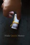 Faça o dinheiro rápido imagens de stock royalty free