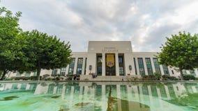 Faça sinal ao timelapse da construção da faculdade da cidade de Pasadena video estoque