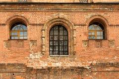 Façade antique de brique, ferme de Krutitskoe Image stock