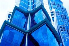 Façade bleue de construction Image stock