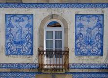 Façade bleue de tuile, Aveiro photographie stock