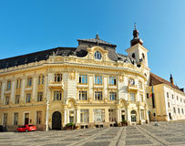 Façade d'hôtel de ville de Sibiu Image libre de droits