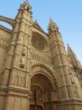 Façade de cathédrale dans Palma, Espagne Photographie stock libre de droits