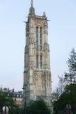 Façade de cathédrale de Notre Dame à Paris Photographie stock libre de droits