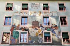 Façade de détail de la vieille maison Lucerne switzerland photo stock